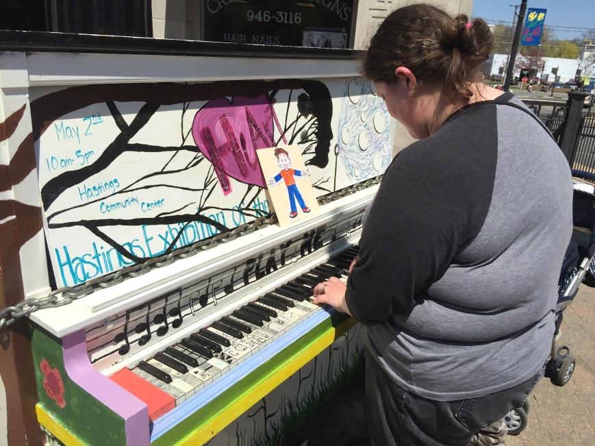 08 Public Piano